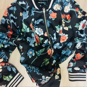 Women's floral bomber jacket size 12